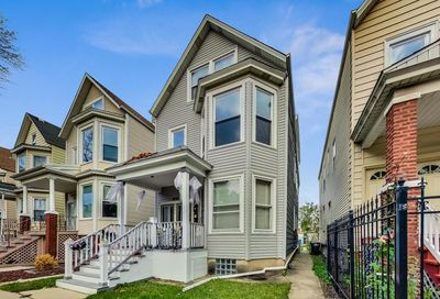 2733 North Ridgeway Avenue Chicago IL 60647