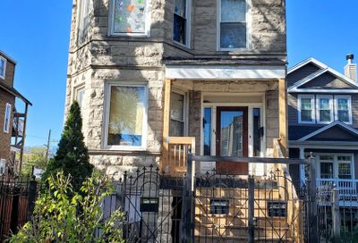1722 North Drake Avenue North Chicago IL 60647