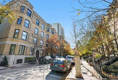 1707 North Crilly Court Chicago IL 60614