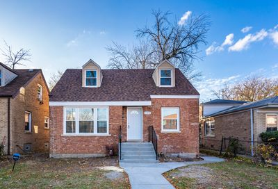 11236 South Homewood Avenue Chicago IL 60643