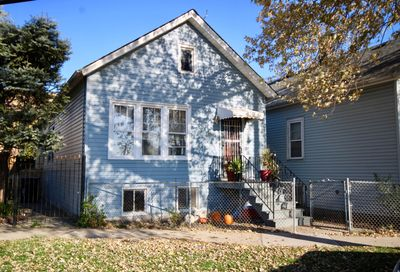 3821 South Rockwell Street Chicago IL 60632
