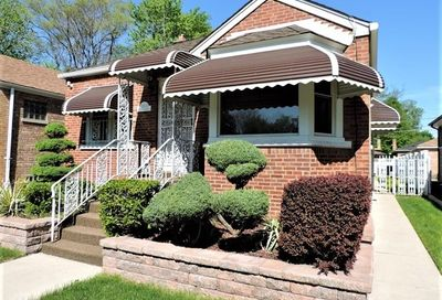 12433 South Stewart Avenue Chicago IL 60628