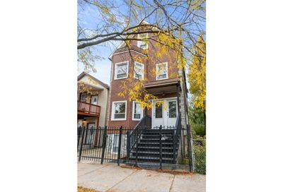 1846 North Mozart Street Chicago IL 60647