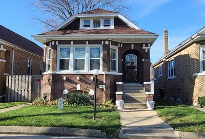 10238 South May Street Chicago IL 60643