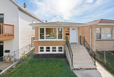 3231 West 38th Place Chicago IL 60632