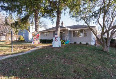 305 South Hudson Street Westmont IL 60559