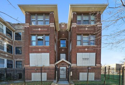 6210 South Eberhart Avenue Chicago IL 60637