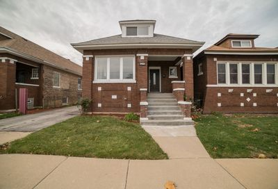 8436 South May Street Chicago IL 60620