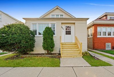 4833 West Crystal Street Chicago IL 60651