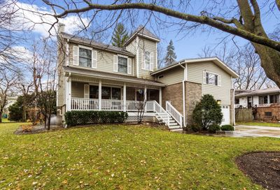 619 Indian Hill Court Deerfield IL 60015