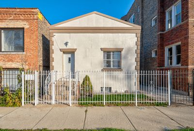 1047 North Christiana Avenue Chicago IL 60651