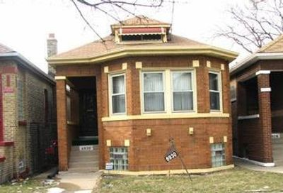 6930 South Oakley Avenue Chicago IL 60636