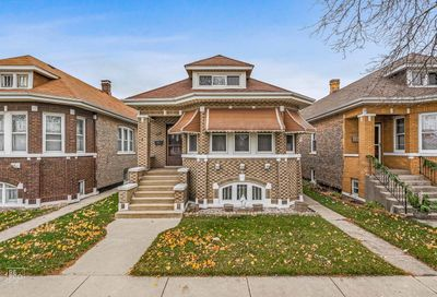 4641 South Karlov Avenue Chicago IL 60632