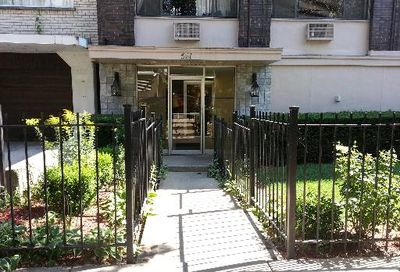 561 West Stratford Place Chicago IL 60657