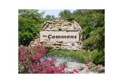 1110 Valley Commons Huffman TX 77336