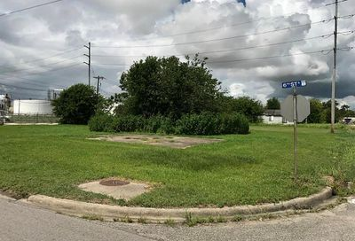 303 6th Street Texas City TX 77590