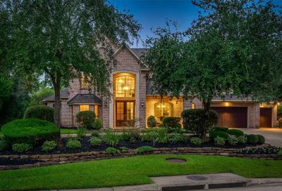 70 N Seasons Trace The Woodlands TX 77382
