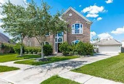 2510 Quiet Lake Court Pearland TX 77584