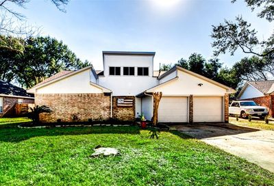 15627 Thornbrook Drive Houston TX 77084