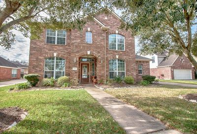 2610 Marble Creek Drive Pearland TX 77581