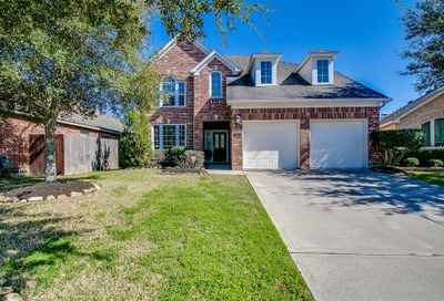2803 Highland Lake Court Pearland TX 77584
