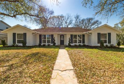 503 Providence Drive Friendswood TX 77546