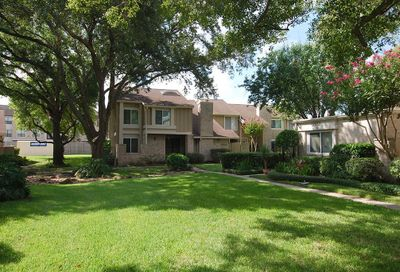 11647 Village Place Drive Houston TX 77077