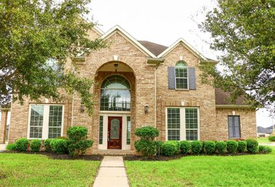 1914 Rolling Stone Drive Drive Friendswood TX 77546