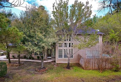 199 N Valley Oaks Circle The Woodlands TX 77382