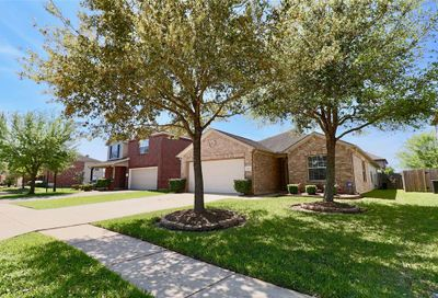3214 Trail Hollow Drive Pearland TX 77584