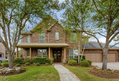 1710 Hunters Forest Friendswood TX 77546