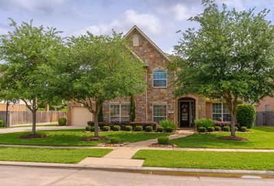 2409 W Ranch Drive Friendswood TX 77546