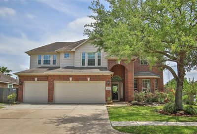 11614 Waterwood Court Court Pearland TX 77584