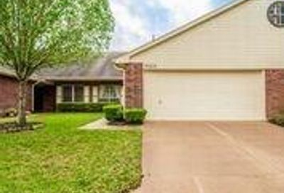 3322 S Country Meadows Lane Pearland TX 77584