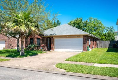 2303 Glade Street Pearland TX 77584