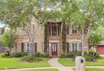 2012 Cardinal Ridge Circle Friendswood TX 77546