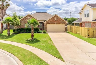 2305 Shadow Canyon Court Pearland TX 77584