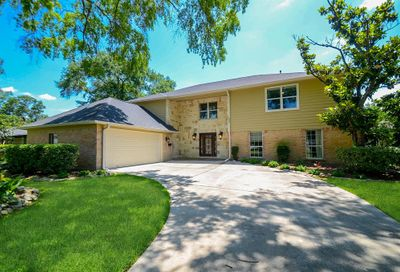 503 Blue Willow Drive Houston TX 77042
