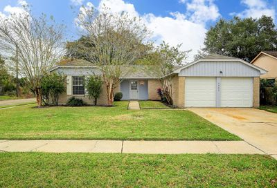 2903 Heritage Colony Drive Webster TX 77598