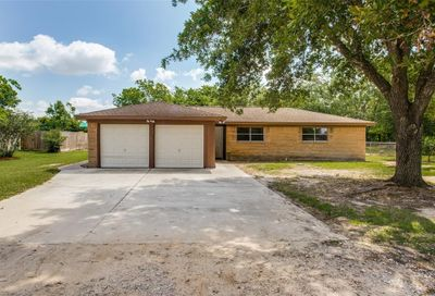 3111 County Road 890 Alvin TX 77511