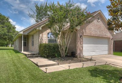 132 Golfview Drive Conroe TX 77356