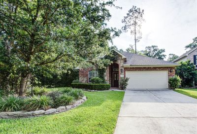 182 E Spindle Tree Circle The Woodlands TX 77382