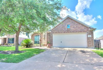 4701 Brazos Bend Drive Pearland TX 77584