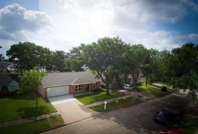 10011 Overview Drive Sugar Land TX 77498