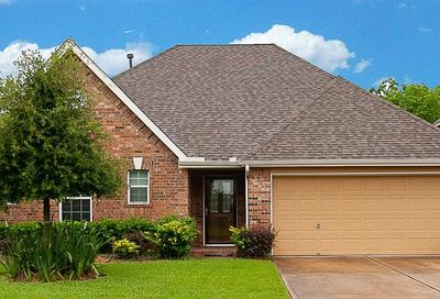 216 Rippling Creek Lane Alvin TX 77511