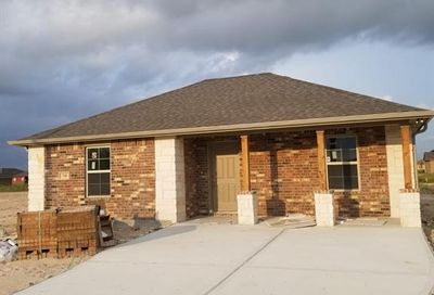 748 Road 5105 Cleveland TX 77327