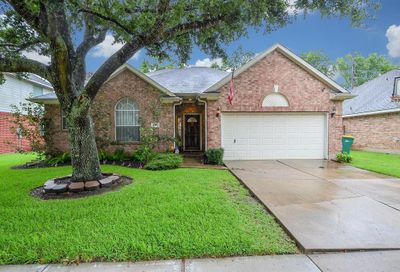 827 Norfolk Drive Pearland TX 77584