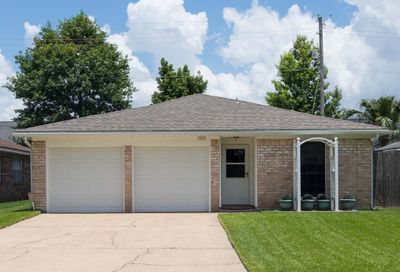 1808 Eagle Drive League City TX 77573