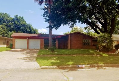 7551 Wilmerdean Street Houston TX 77061