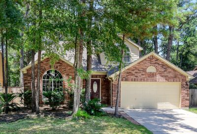 183 North Village Knoll Circle The Woodlands TX 77381